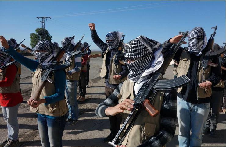 Kurdi izvlekli tajno orožje proti močnejši vojski, Turki v šoku: »Kako jim to uspeva?!«