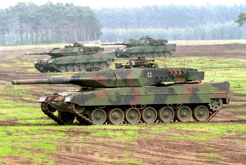 Študija: Nemčija je desetletja kršila evropska pravila o izvozu orožja