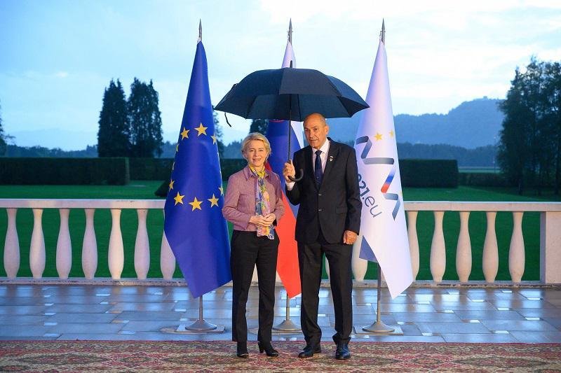 Prepir von der Leynove in Janše o svobodi medijev v Sloveniji zasenčil tudi vrh EU–Zahodni Balkan
