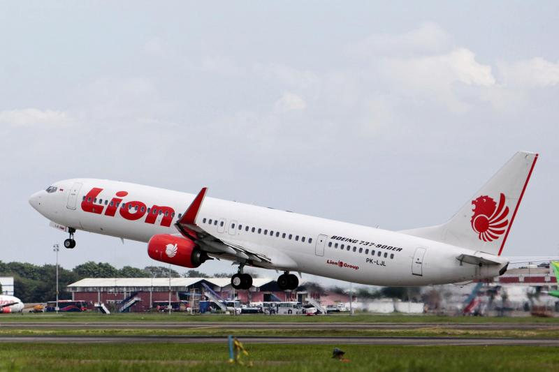 Kako je pilot, ki se je »švercal« na letalu, rešil potnike in posadko zanesljive smrti