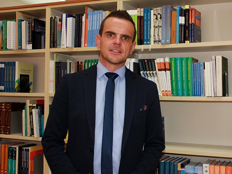 Matej Avbelj: »Sovražnega govora – v pravnem in zato edinem pravem pomenu besede – v Sloveniji skorajda ni«