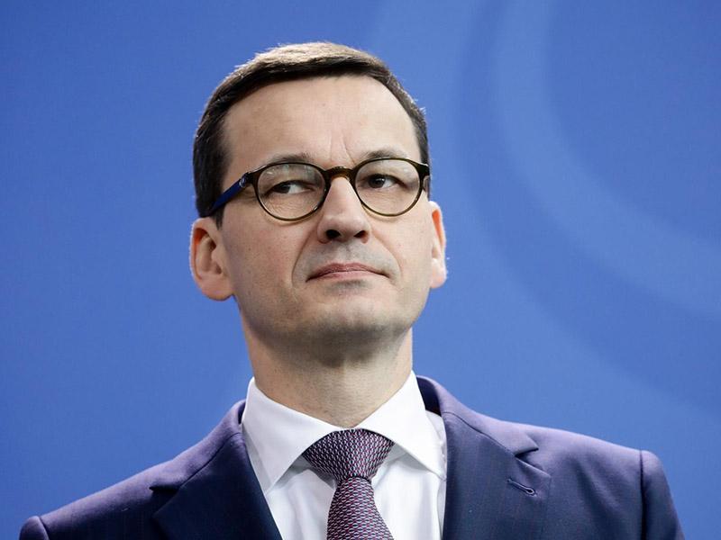 Poljski premier Morawiecki: Vsaka država ima pravico do svojega pravnega sistema
