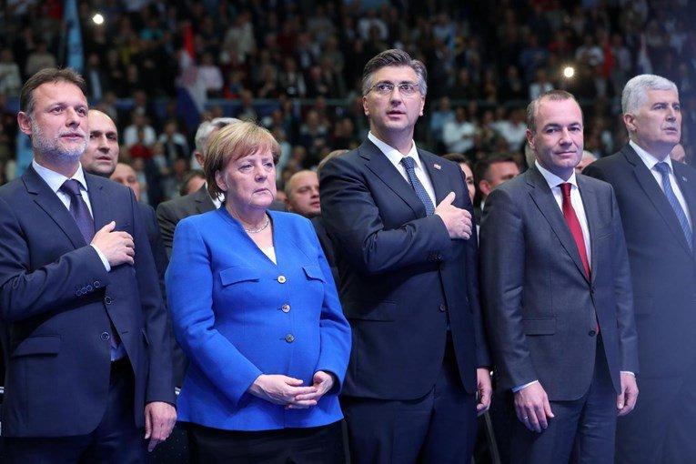 Nekoč podpirala obsojenega Sanaderja, danes pa Plenkovića: Angela Merkel ploskala tudi Thompsonu