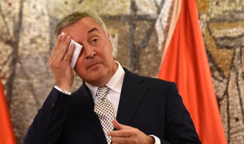 »Režim Mila Đukanovića je padel!«: bo zadnjega evropskega avtokrata znova rešila protisrbska koalicija?
