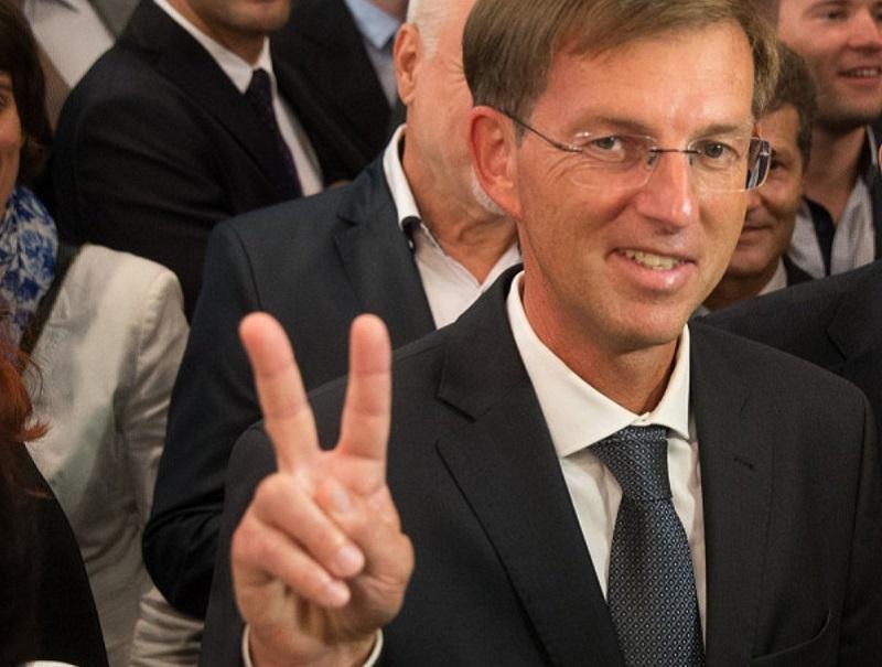 Steinbuch: »Če misli Šarec v Bruselj poslati največjega političnega luzerja, potem je to vojna napoved«