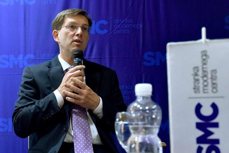 SMC potrdila kandidatno listo, podpredsednika sta Brglez in Kozlovičeva
