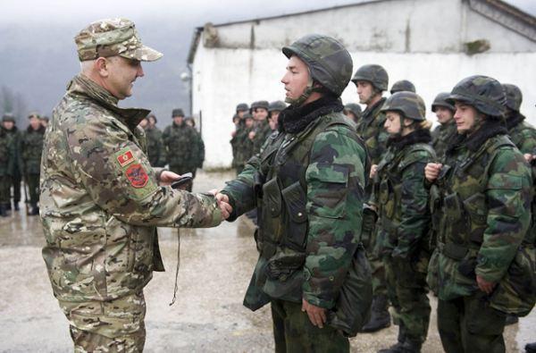 Črna gora brez referenduma postala 29. članica zveze NATO