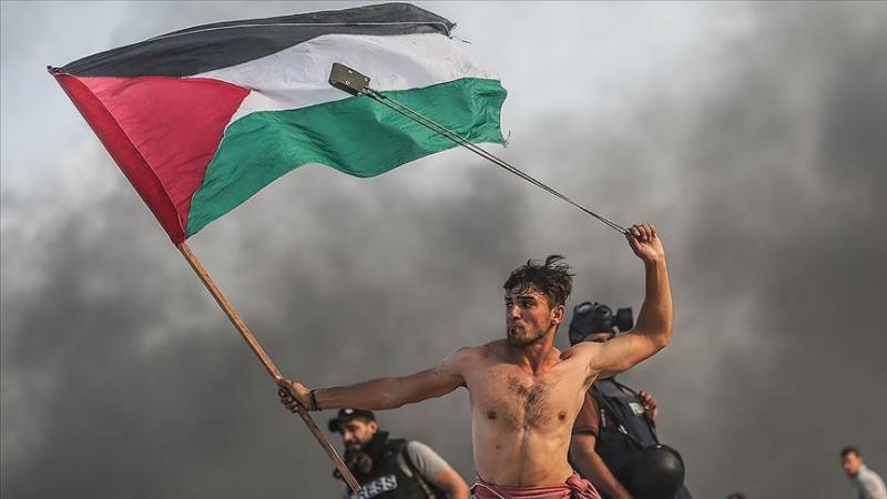 »Kaj pa Hamasove rakete?« Zakaj je Janševo izenačevanje okupatorja in okupiranih - moralno nesprejemljivo