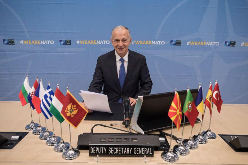 Enajst članic zveze NATO bo skupaj šolalo pilote – ampak med njimi ni Slovenije