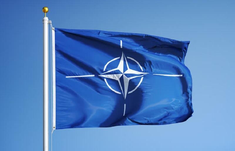 Visok Natov admiral James Foggo pohvalil slovenski prispevek zavezništvu