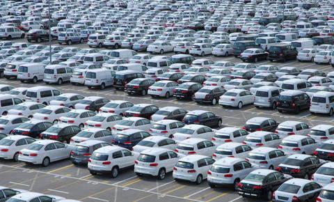 Ameriški veleposlanik v Nemčiji z rešitvijo glede avtomobilskih carin