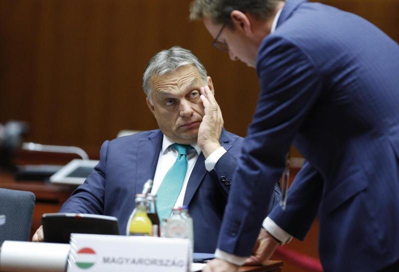 Macron zaradi Orbanu naklonjenega memuranduma odstavil veleposlanika na Madžarskem