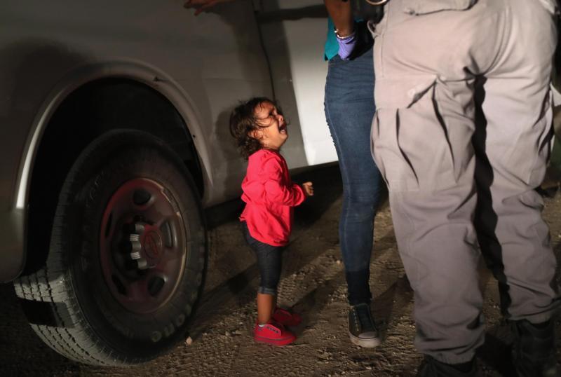 Donald Trump bo podpisal izvršni ukaz, s katerim bo končal ločevanje migrantskih družin