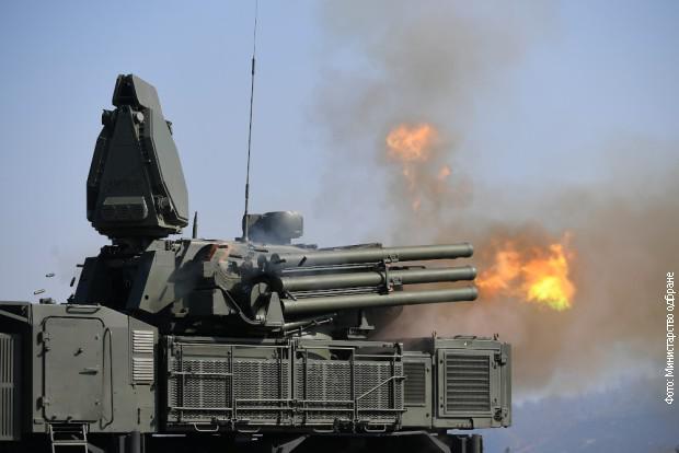 Protizračni sistem »Pancir« prispel v Srbijo, Slovenska vojska na svojo »točkovno obrambo« še vedno - čaka