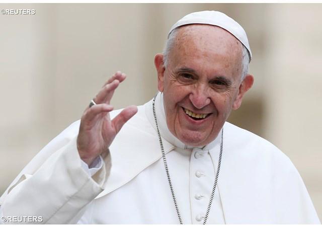 Papež Frančišek: seks je krasen in je darilo od Boga, ne pa tabu