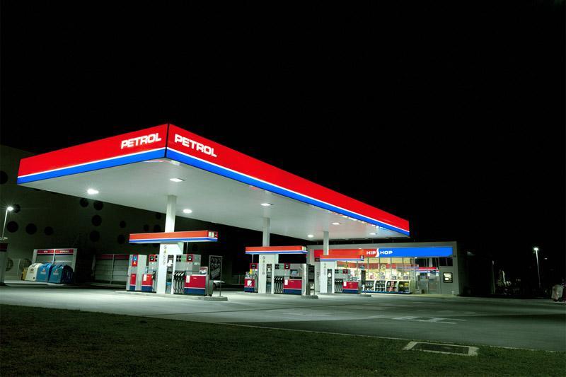 Skupina Petrol v polletju z nižjimi prihodki in večjim dobičkom