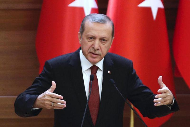 Erdogan in Putin za zagotovitev humanitarne pomoči v Alepu