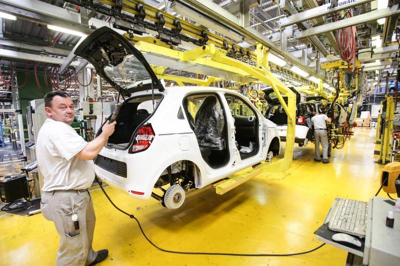 Avtomobilske proizvajalce čaka v Evropi »popolna nevihta«