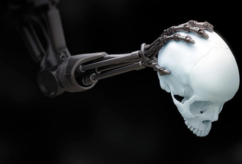 Rusija proti popolni prepovedi »ubijalskih robotov«, ki jo podpira Kitajska