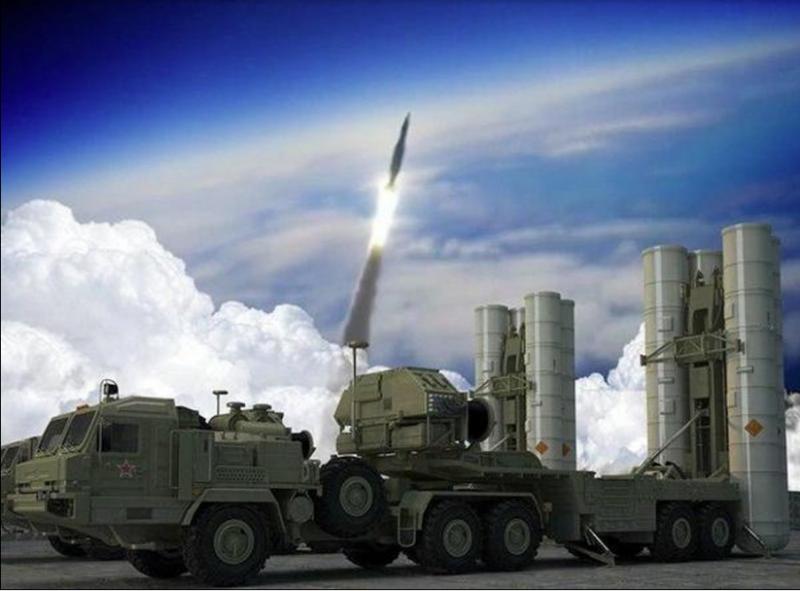 Močni S-500 bo lahko uničil tudi nevarne meteorite: Kitajci hvalijo nov ruski raketni sistem, Američani pa so negotovi ...
