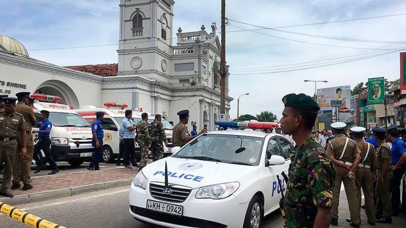 Velikonočni pokol: samomorilski napadalci napadli šest cerkev in hotelov, javnost pozvana na darovanje krvi