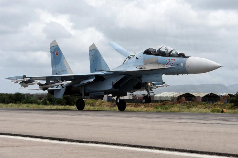 Egipt kupil ruske lovce Su-35, proizvodnja že v teku, ZDA pa grozijo s sankcijami