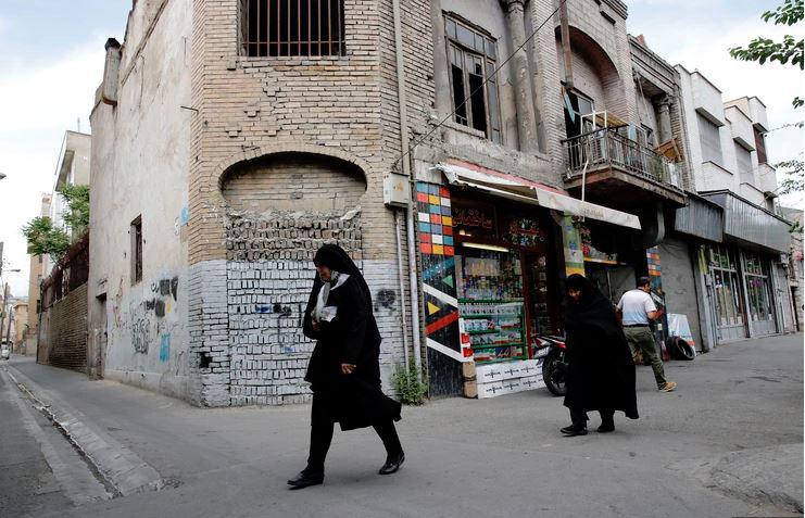 Ključavnica zaradi nespoštovanja islama: policija zaprla 547 restavracij in kavarn