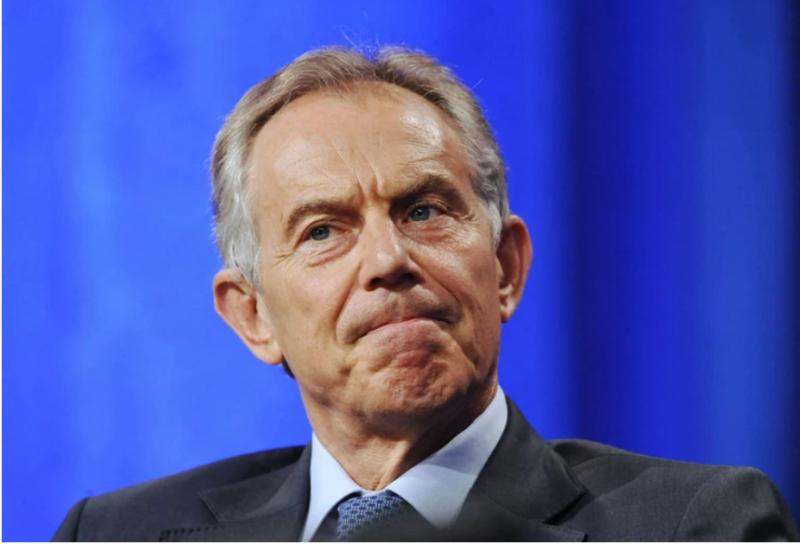 Nova frizura Tonyja Blairja na tnalu: Tviti na račun videza nekdanjega britanskega premierja razvneli domišljijo