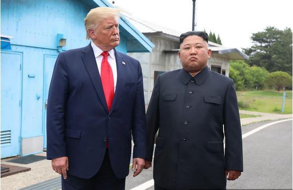 Milijonska goljufija: »Vse jih nadzira!« Kako svetovne sile dajejo denar v žepe Kim Jong-una