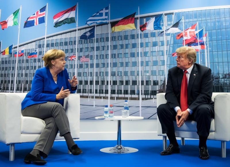 NATO zaradi Trumpa sklical izredno zasedanje