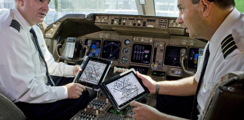 Kriminalno: piloti nesrečnih boeingov 737 8 MAX so se letenja učili »uro ali dve« na - iPadih