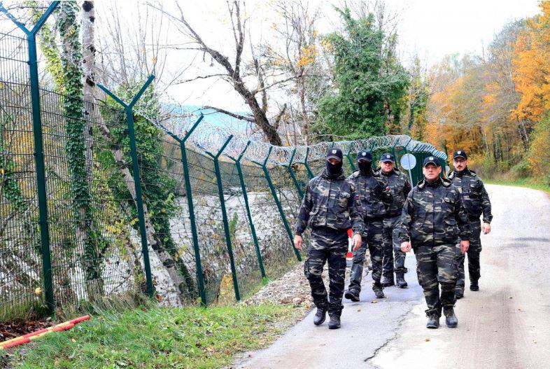 Blamaža: »Vardisti« v Ormožu maltretirajo turiste in domačine, vlada molči in to dopušča, ukrepa le občinski svet