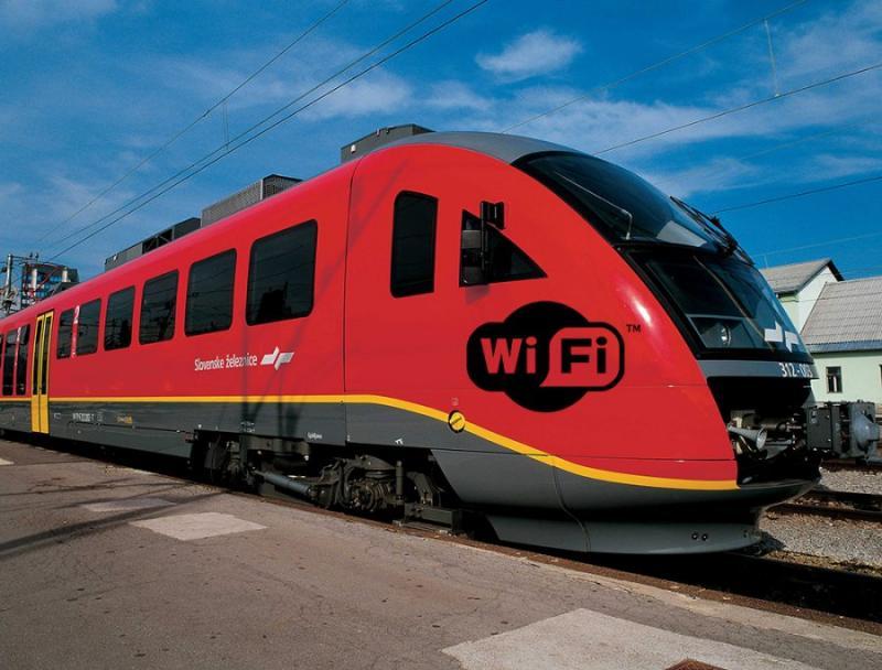 S peticijo zahtevajo hitri vlak Maribor–Ljubljana, država pa sodeluje v blokadi tistih, ki jih najhitreje gradijo
