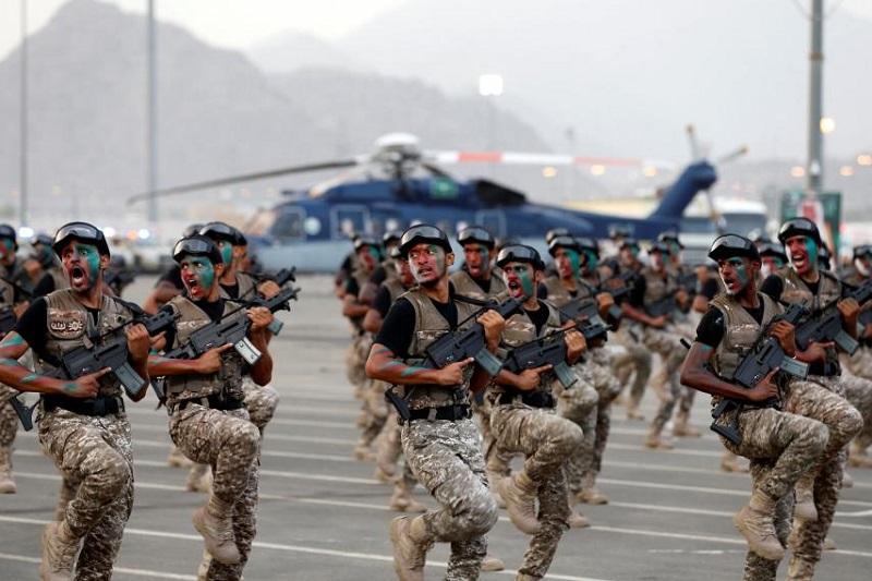 Arabska koalicija proti jemenskemu pristanišču odposlala več kot 10.000 vojakov