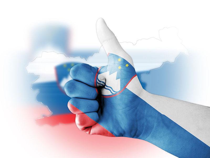 Slovenija na prvem mestu? Vsi govorijo o volitvah, večini strank v parlamentu pa bi koristila - nova vlada