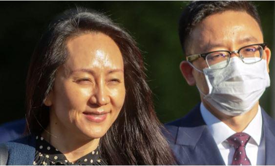"""Konec šarade, finančna direktorica Huaweia sklenila dogovor z ZDA: ne bo obtožena """"goljufije in zarote"""""""