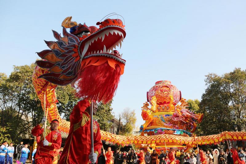 Vzpon »rdečega zmaja«: osupljiva dejstva o prebojih na Kitajskem