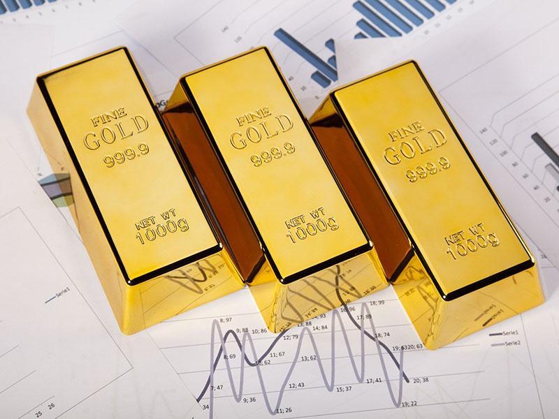 Iz ruskega letala padlo za več kot tri tone zlata