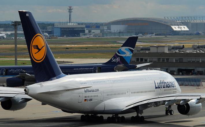 Lufthansa, Airbus A380, Frankfurt Airport
