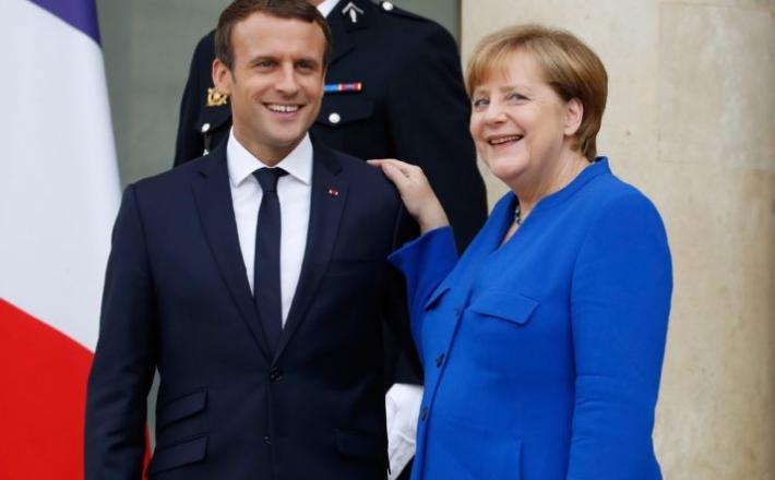 Emmanuel Macron in Angela Merkel