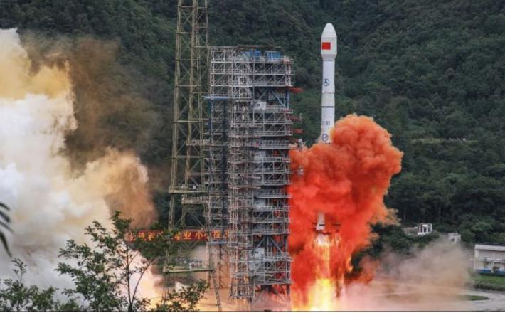 Raketa z zadnjim satelitom BeiDou Vir: CNN