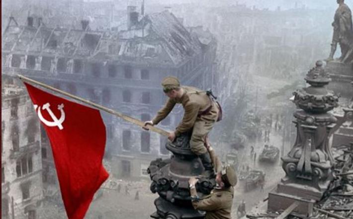 Dan zmage - izobešanje sovjetske zastave nad Reichstagom