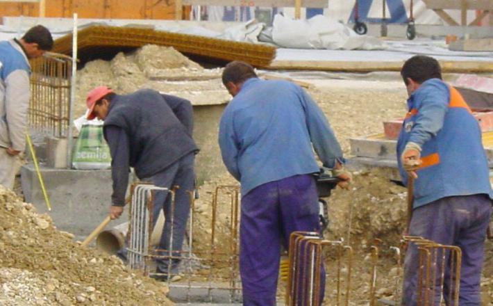 Tuji delavci si lahko od te vlade obetajo le poslabšanje pogojev dela