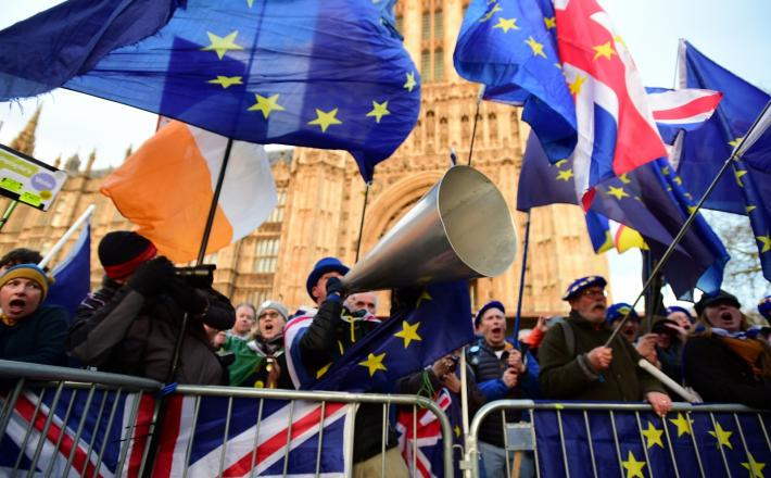 Demonstranti v Veliki Britaniji zaradi brexita   Vir:Pixsell