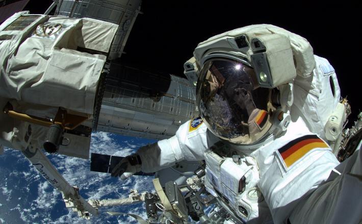 Aleksander Gerst Vir:Aleksander Gerst (selfie)
