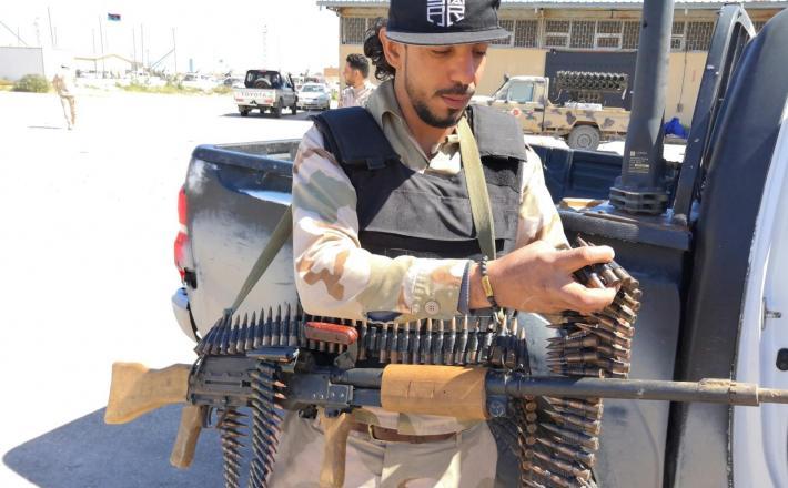 Borec vladnih sil v Libiji    Vir:Pixsell