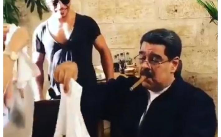 Maduro s slinčkom