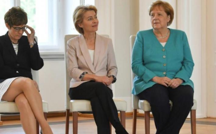 Angela Merkel, znova sede  Vir:Welt