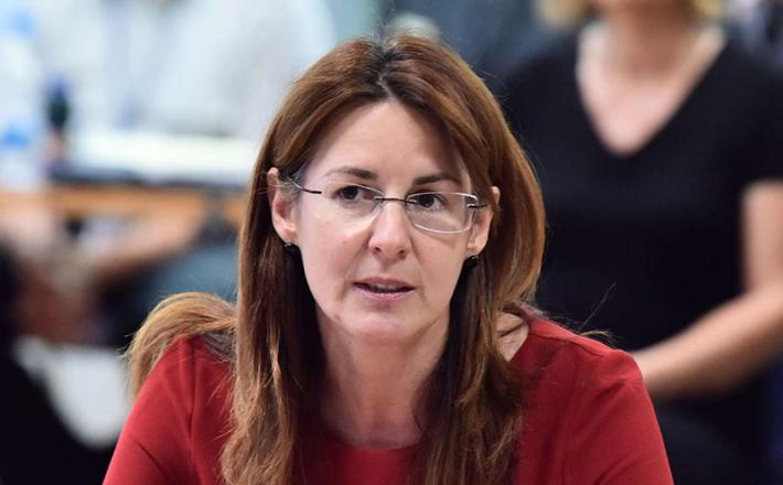 Ministrica za obrambo Andreja Katič