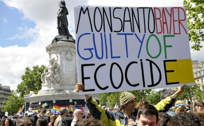 Monsanto - demonstracije Pariz Vir:Pixell